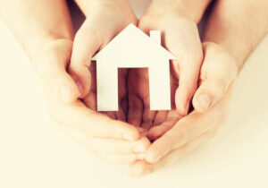 home-in-hands